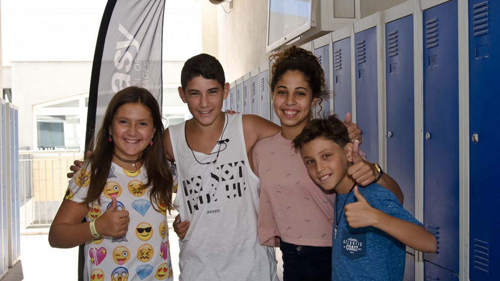 Junior-Students-in-Mosta-School-1100x715