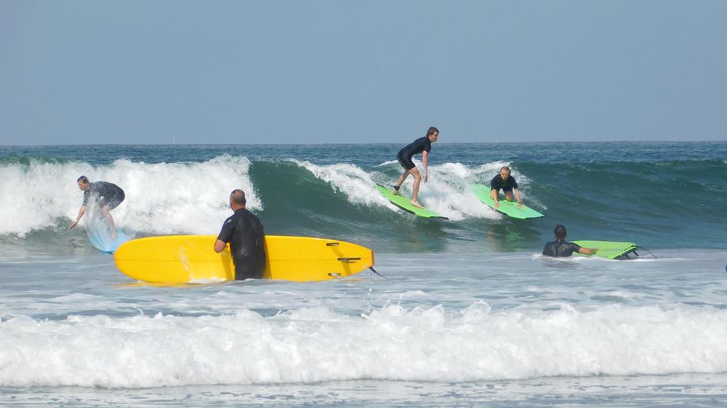 Surfcamp_LosAngeles_USA_Jugendliche