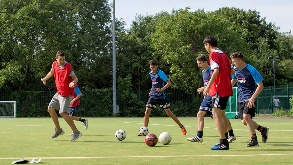 fussball-camp-cambridge-england-1