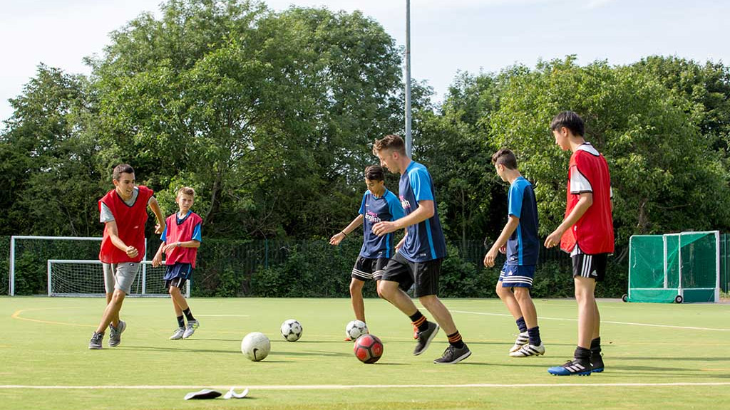 fussball-camp-cambridge-englisch-1