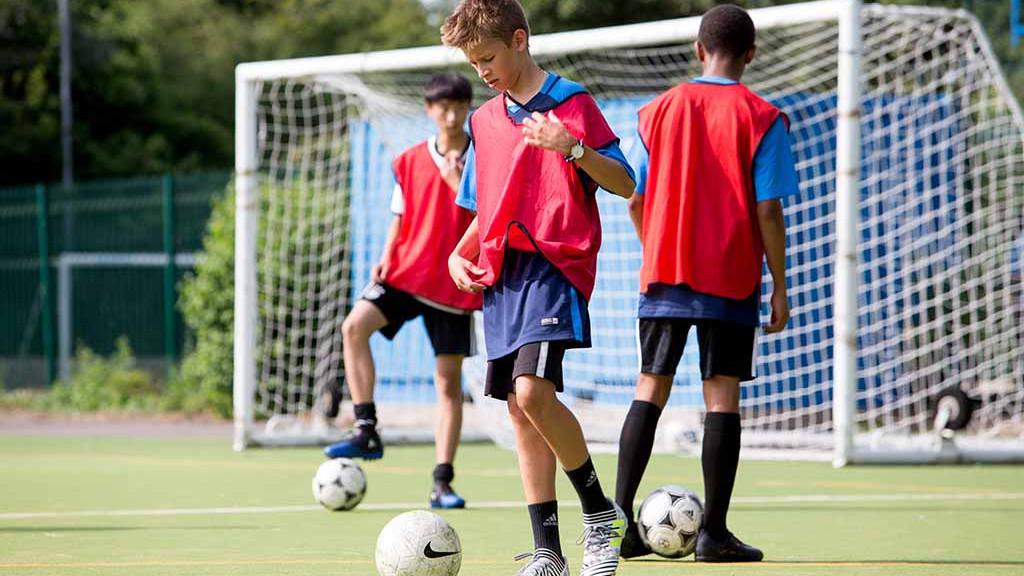 fussball-camp-england-englisch-1