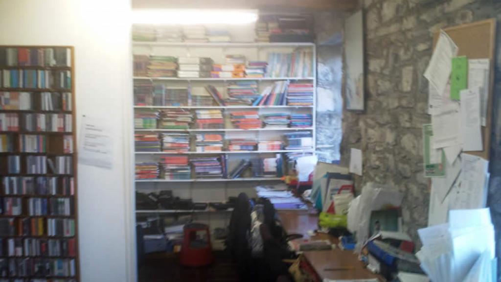 Bibliothèque_-_séjour_linguistique_pour_apprendre_l'anglais_en_Irlande