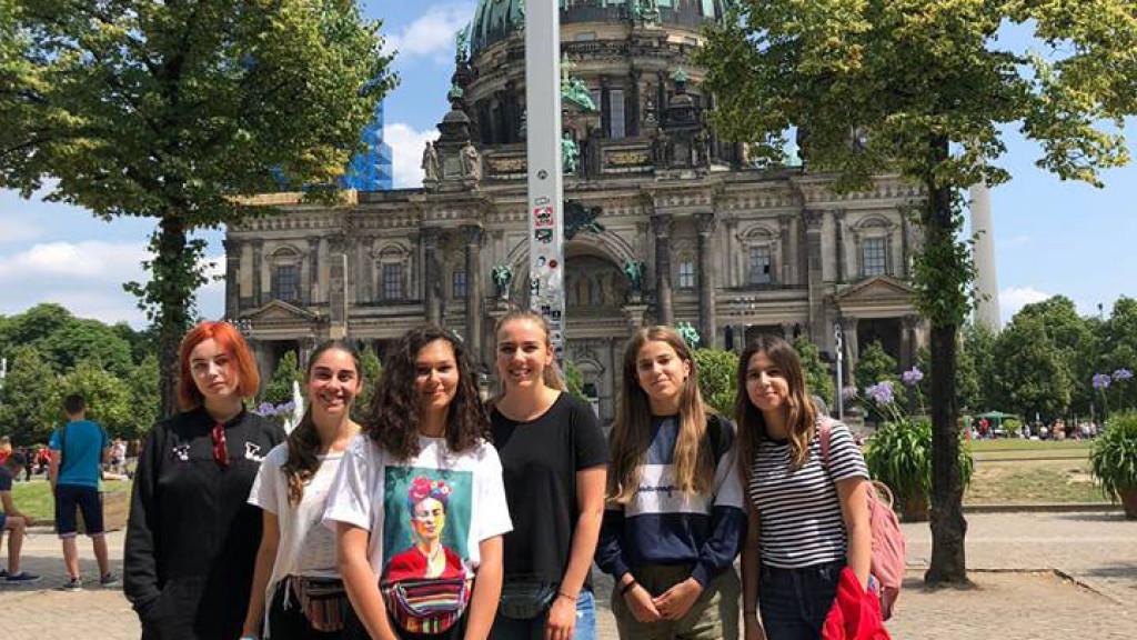 Berlin_-_Spree_-_apprendre_l'allemand_-_découvrir_la_ville_avec_des_enfants_et_adolescents3465235250282496_n-1