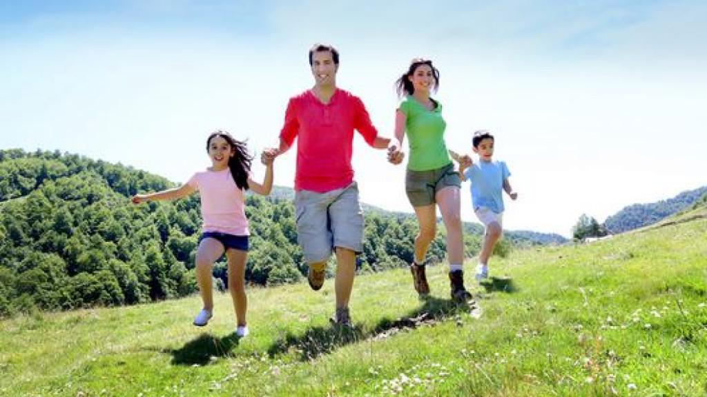 Eltern_une_Kinder_Lernen_Französisch_oder_Englisch_-_Schweiz