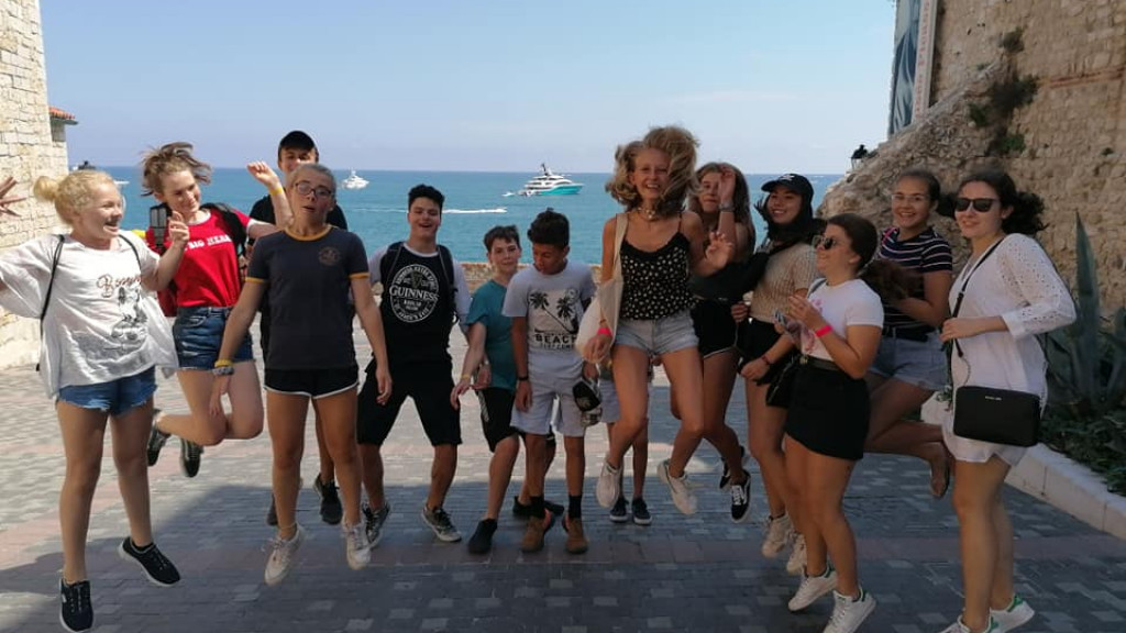 Summer_French_Camp_In_Antibes