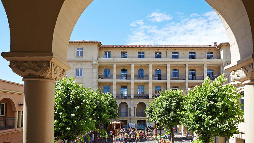 sprachaufenthalt-frankreich-cannes-schule