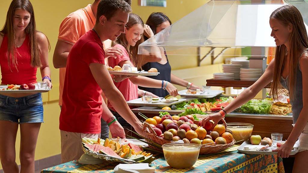 sprachaufenthalt-franzosisch-buffet