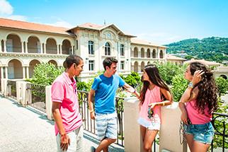 Cannes französisch Jugendliche