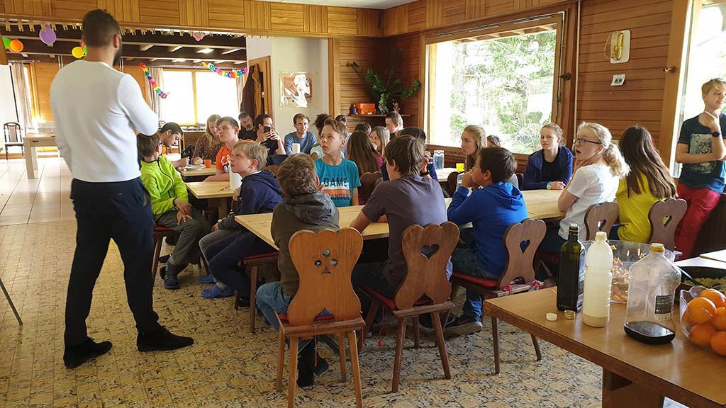 Séjour_linguistique_pour_enfants_et_adolescents_au_printemps_dans_le_Valais_Suisse