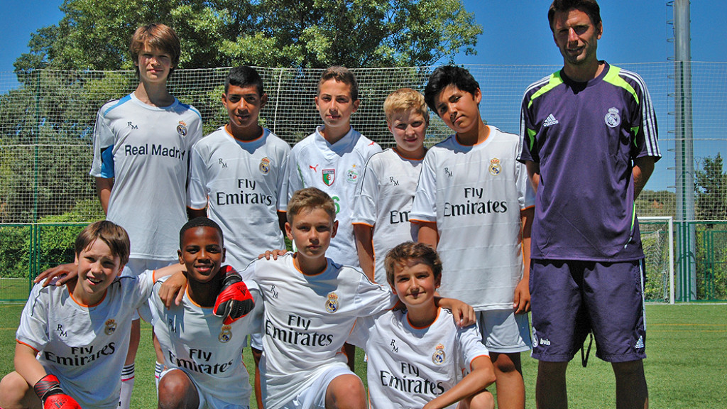 football-camps-spain-team