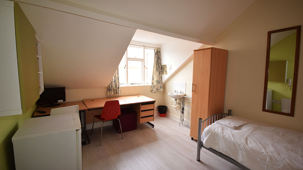 earls-court-residence---zone-1_32234286522_o